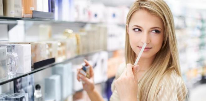 Procedurą uproszczoną objęty został alkohol etylowy zawarty w niektórych kosmetykach, perfumach, wodach toaletowych i olejkach eterycznych.