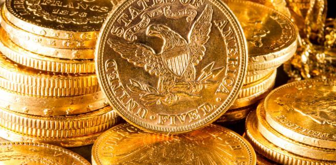 FATCA jest amerykańską ustawą podatkową, która zakłada, że instytucje finansowe na całym świecie będą przekazywać do USA informacje o środkach pieniężnych zgromadzonych na rachunkach bankowych amerykańskich, podatników
