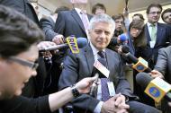 Ustawa o kredytach frankowych i nowy podatek. Belka: To przepis na kryzys bankowy
