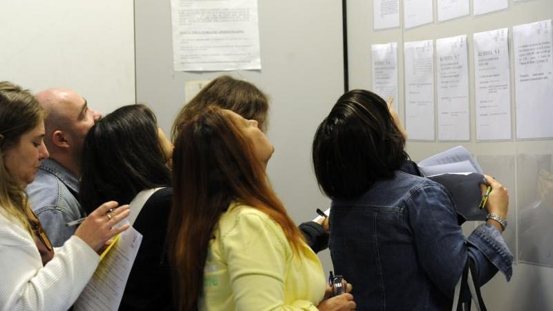 Rozwiązanie umów o pracę planowane jest do 30 kwietnia 2014 r. i dotyczyć będzie grupy pracowników nie większej niż 620 osób.