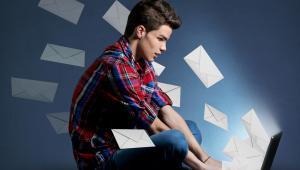 Według danych firmy MWR InfoSecurity, przejętej przez F-Secure w czerwcu 2018 roku, szansa na otwarcie e-maila z phishingiem wzrasta o 12% jeżeli jego nadawca wydaje się znajomą osobą.