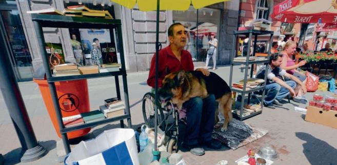 Jak żebrak z Katowic stał się symbolem traktowania przez państwo osób niepełnosprawnych