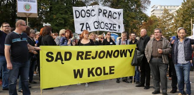 Protest pracowników sądów. Chcą wyższych wynagrodzeń i godnych warunków pracy