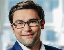 Radosław Piekarz partner w kancelarii podatkowej A&RT, ekspert w Centrum Analiz Klubu Jagiellońskiego. Na Akademii Leona Koźmińskiego pisze doktorat o cenach transferowych