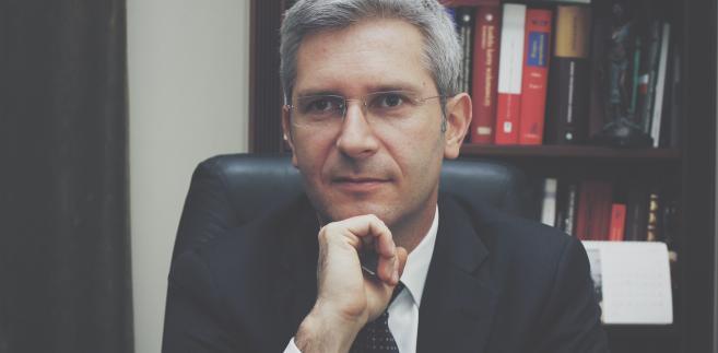 adw. Grzegorz Majewski