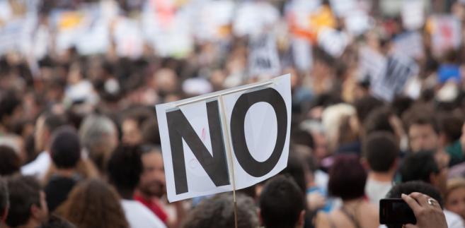 W ubiegłym roku wyraźnie poprawił się status pracownika, co też studziło zapał do protestów.