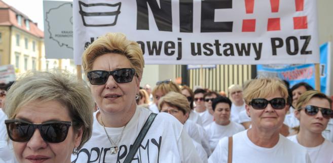 Pielęgniarki protestują przeciw zmianom w podstawowej opiece zdrowotnej
