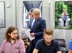 """Warszawa: Wypożyczalnia samochodów ruszy w 2017 r. Za ile pojedziemy """"miejskim"""" autem?"""