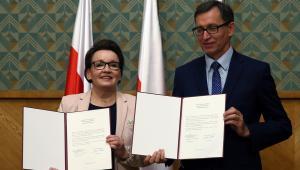 Minister edukacji narodowej Anna Zalewska i prezes IPN Jarosław Szarek