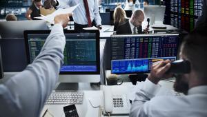 Inwestorzy na rynku akcji skupiają się na wynikach spółek - w tym tygodniu ok. 1/3 firm z Stoxx Europe 600 oraz ok. 20 proc. z S&P 500 opublikuje raporty kwartalne.