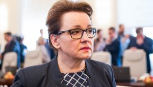 Zalewska przypomniała, że ustawa Prawo oświatowe wprowadzająca nowy ustrój oświaty, w tym nową strukturę szkół, została podpisana przez prezydenta Andrzeja Dudę 9 stycznia.