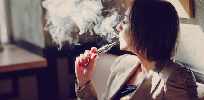 Parlamentarzysta na początku lipca 2017 r. wystosował do resortu pytania w sprawie e-papierosów.