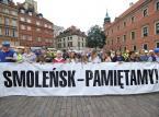 """Miesięcznica smoleńska i kontrmanifestacja: """"Tu jest Polska"""" i """"Policja polska nie PiSowska"""""""