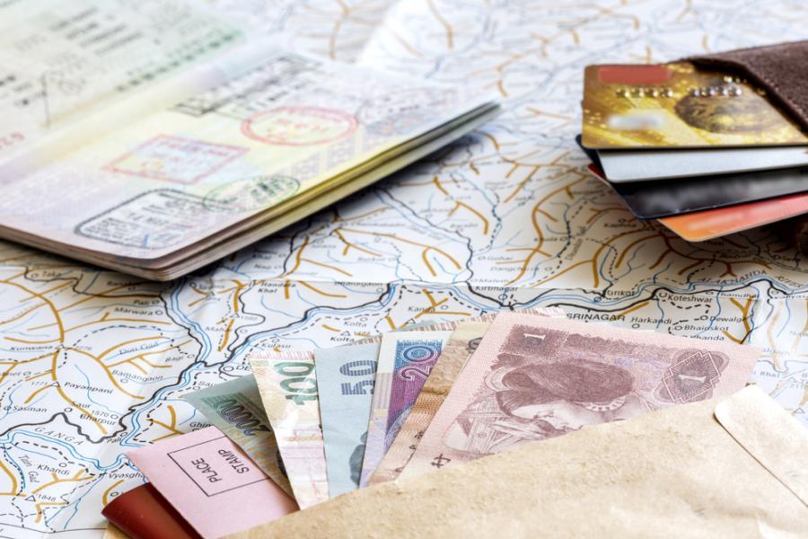wakacje pieniądze podróże