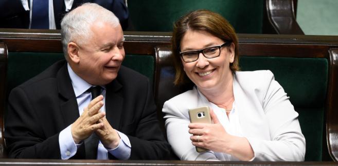 """Mazurek powiedziała w poniedziałek, że PiS chce, aby projekt dotyczył wszystkich weteranów. """"Chcemy objąć wszystkich weteranów tego typu pomocą"""" - zadeklarowała"""