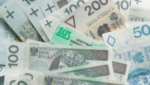 W Sejmie procedowany jest projekt ustawy dotyczący zniesienia górnego limitu składek na ubezpieczenia emerytalne i rentowe, począwszy od 2018 r.