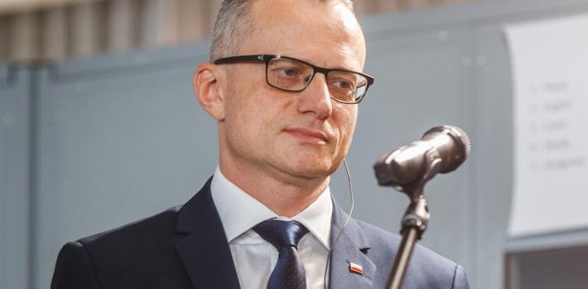 Magierowski odniósł się do współpracy gospodarczej z Chinami w ramach projektu Nowego Jedwabnego Szlaku, która - jak zaznaczył - obejmować może nie tylko chińskie inwestycje bezpośrednie w Polsce, ale i udział polskich firm w inwestycjach np. w Azji Środkowej.
