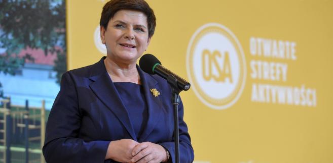 Premier Beata Szydło podczas konferencji prasowej.