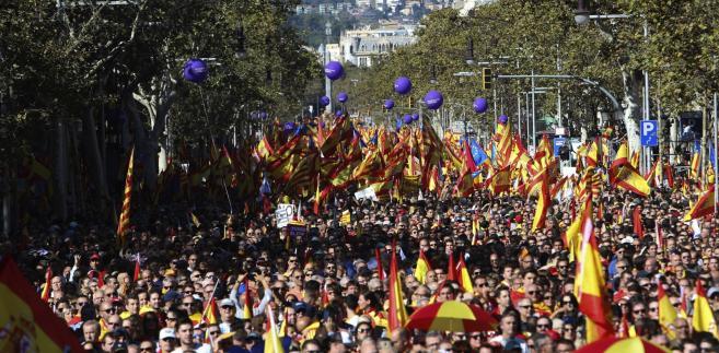 Barcelona - protest przeciwników secesji Katalonii