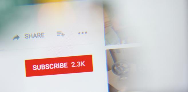 Nagranie sióstr Godlewskich obejrzało na YouTubie w ciągu niecałego tygodnia niemal 2 mln internautów. To wystarczyło, by media oszalały.
