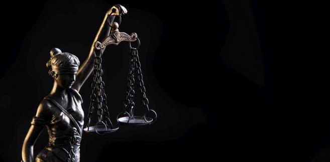 Wiceminister w kontekście reform przywołał również przykład sędziów, z których 35 proc. uważna - tak wynika z Białej Księgi - że to elementy merytoryczne decydują o tym, że mogą awansować.