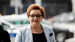 Minister Anna Zalewska wydała rozporządzenie, by od kwietnia pensje nauczycieli wzrosły o 5,35 proc.