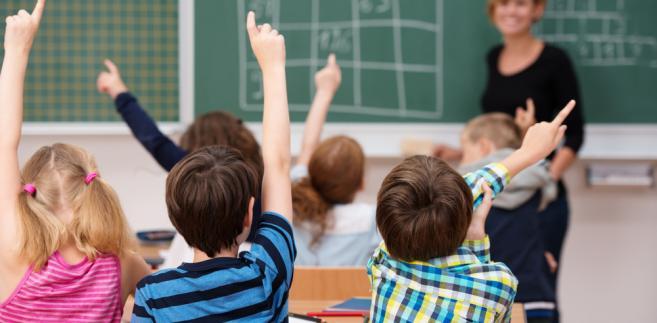 W ocenie kierownictwa resortu, standardy kształcenia nauczycieli są coraz niższe i wiele szkół wyższych edukuje ich w sposób niezadowalający