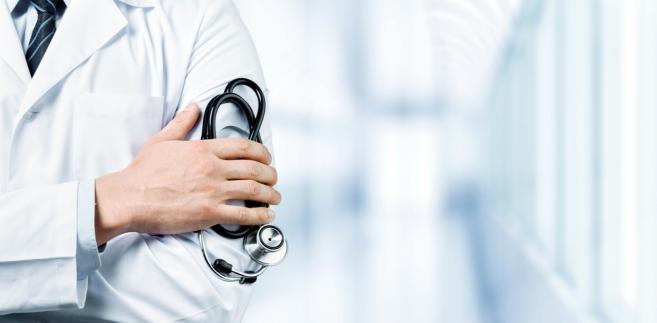 Do przedstawionego w maju projektu młodzi lekarze mieli wiele zastrzeżeń.