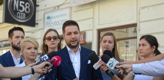 Wiceminister sprawiedliwości, kandydat PiS na prezydenta Warszawy Patryk Jaki.