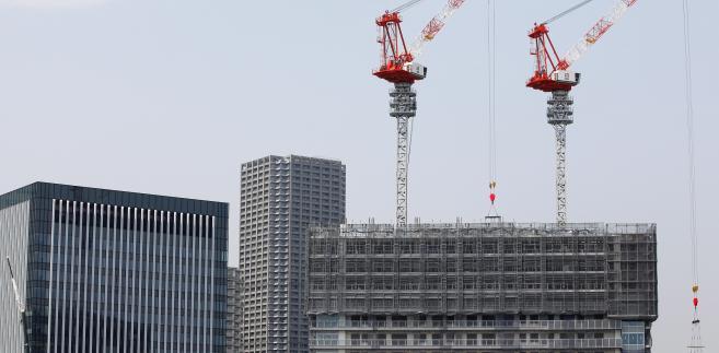 Firmy budowlane i deweloperskie mocno cierpią w czasie każdego kryzysu lub choćby spowolnienia w gospodarce.