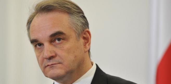 Premier Waldemar Pawlak proponuje zmiany, które według niego ułatwią życie przedsiębiorcom.