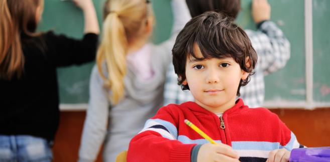 Rozwiązaniem jest zostawić sześciolatki na drugi rok w pierwszej klasie?