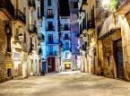 Barri Gotic (Dzielnica Gotycka) – to wąskie alejki i historyczne budynki skupione wokół barcelońskiej Katedry.