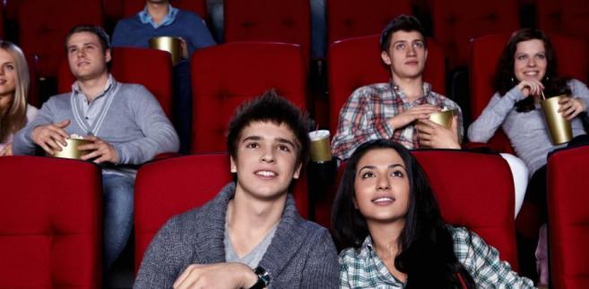 Operatorzy kin mówią o dwóch powodach. Pierwszy to trudna sytuacja gospodarcza, drugi to słabszy repertuar.
