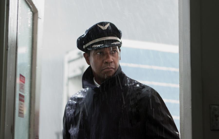 """Denzel Washington w filmie """"Lot"""""""