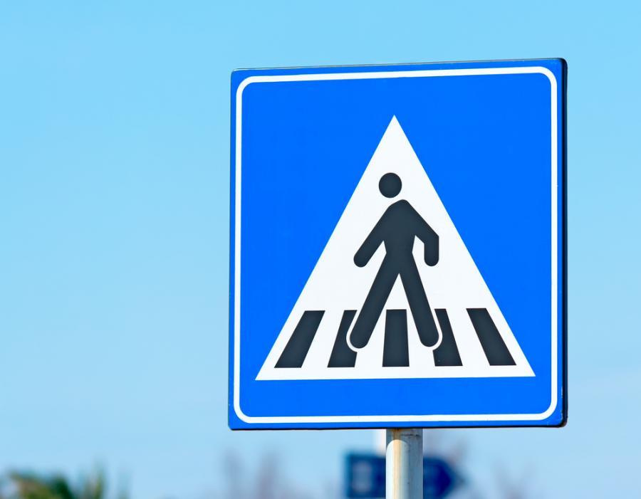 znak drogowy, przejście dla pieszych