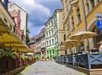 Ryga - posiada liczne zabytki, w tym jeszcze z czasów średniowiecza. Jest wpisana na listę światowego dziedzictwa kulturowego i przyrodniczego UNESCO. Stanowi jedno z największych w Europie skupisk architektury secesyjnej.