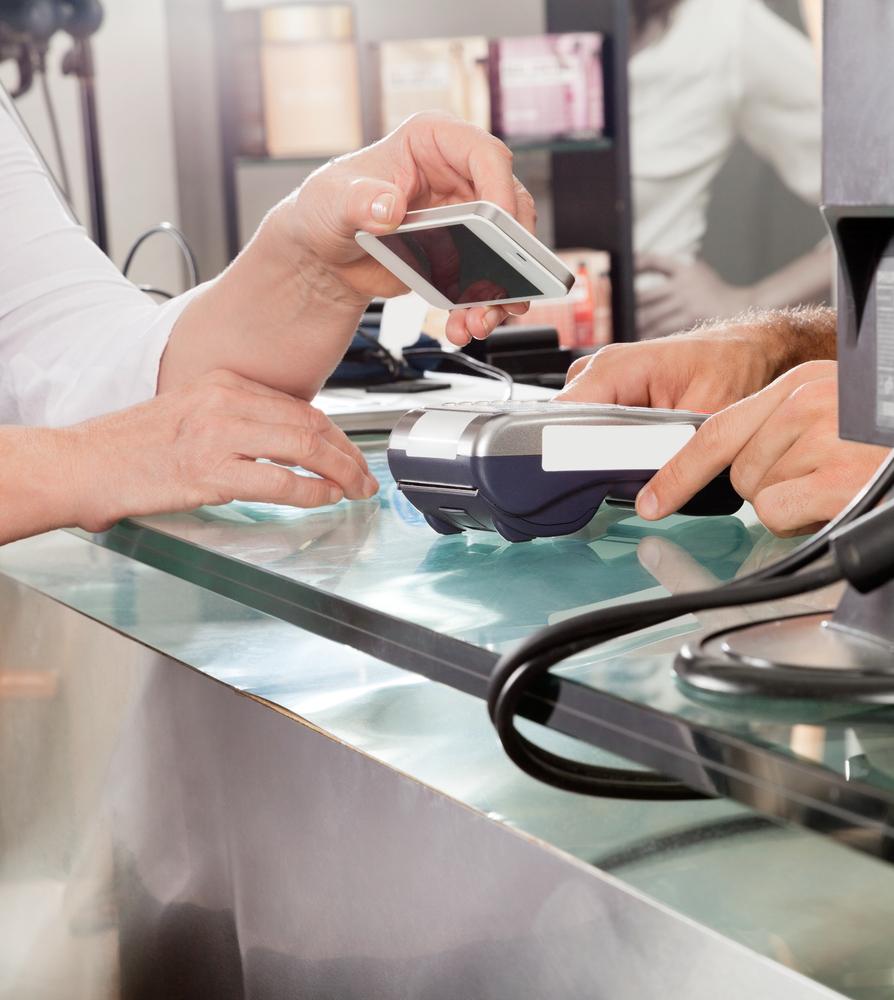 NFC, iPhone, płatności