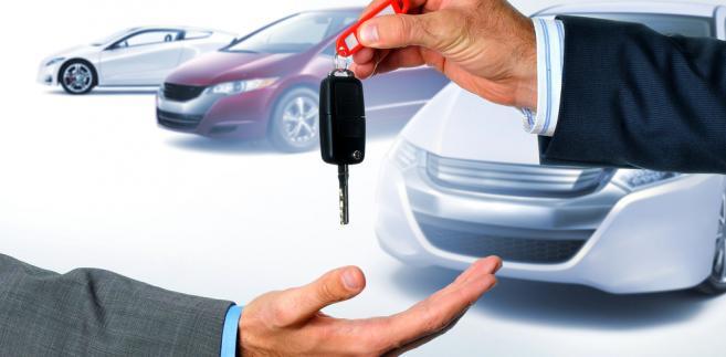 kredyt samochodowy-motoryzacja-kluczyki