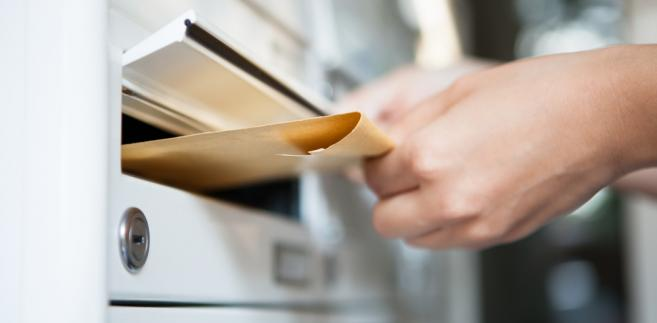 Wymogiem uznania osoby za domownika nie musi fakt jej zameldowania w miejscu zamieszkania adresata