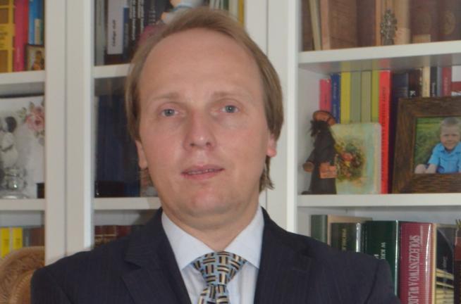 Dr hab. Adam Redzik