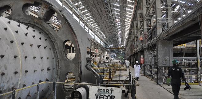 Większość udziałów w kopalni miedzi Mopani w Mufulira należy do spółki zależnej, utworzonej przy szwajcarskim koncernie Glencore. Roczne straty z tytułu unikania podatków rząd Zambii szacuje na ok. 1 mld. dolarów. Fot. photosmith2011, CC BY-SA 2.0