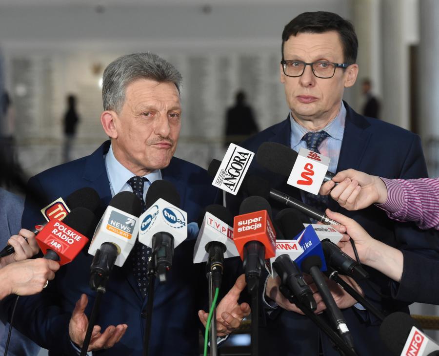 Ast i Piotrowicz o orzeczeniu TK