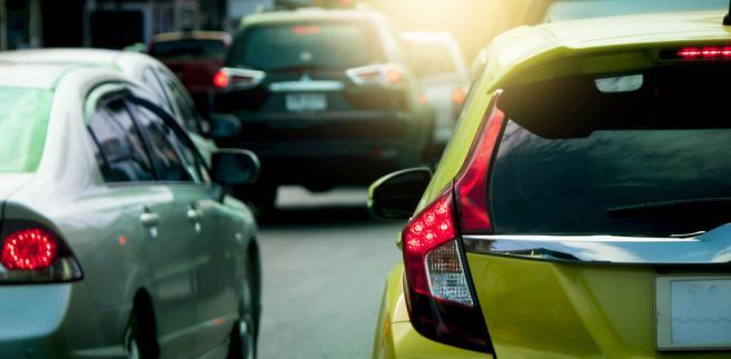 Ekonomiczne użytkowanie auta w firmie, czyli podstawowego narzędzia w pracy każdego przedsiębiorcy, będzie dużo bardziej kosztowne