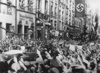 """""""W niemieckim domu"""". Annette Hess: Właściwie w każdej niemieckiej rodzinie milczano na jakiś temat związany z wojną [WYWIAD]"""