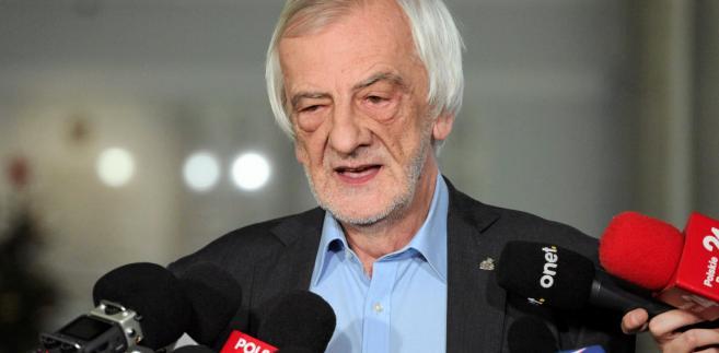"""Ryszard Terlecki powiedział, że problemy lekarzy rezydentów wynikają z """"nieudolności i niekompetencji"""" b. ministra zdrowia"""