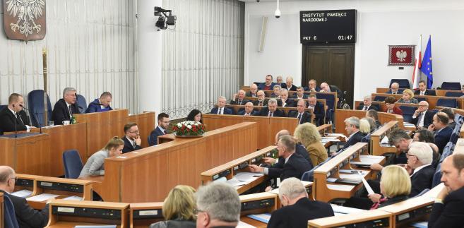 Senat przyjął ustawę o IPN bez poprawek
