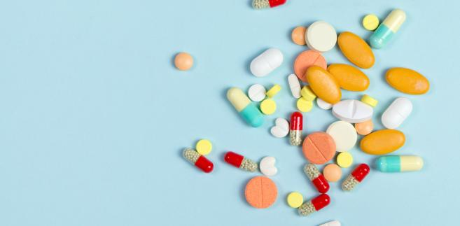 Koncerny farmaceutyczne zarabiają niewyobrażalne pieniądze i szefowie rządów największych państw muszą się z nimi liczyć. Ale władzy nikt nie daje, trzeba ją sobie zdobyć.