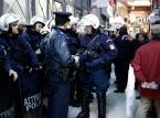 Grecja: Niewielka eksplozja w centrum Aten. Policjant lekko ranny