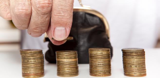 Długi seniorów sięgają 7,3 mld zł: Pożyczki biorą na leczenie